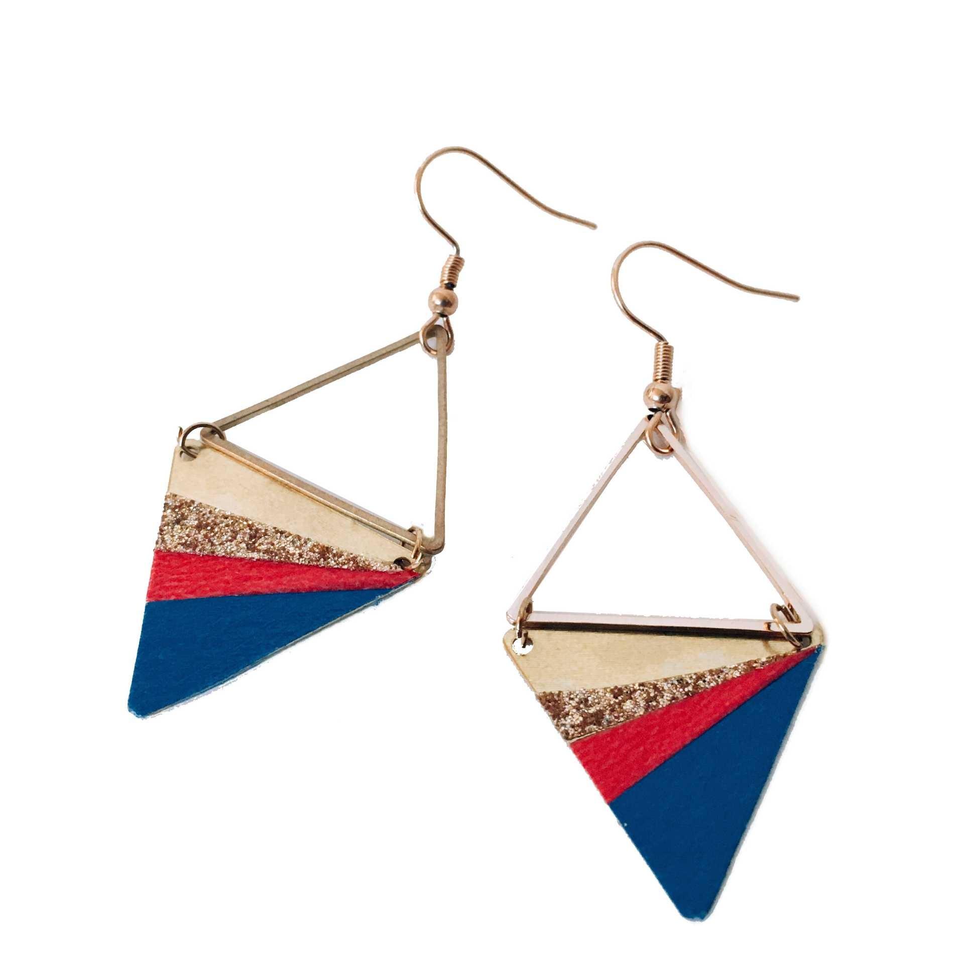boucles d'oreilles double triangle doré, rouge, bleu